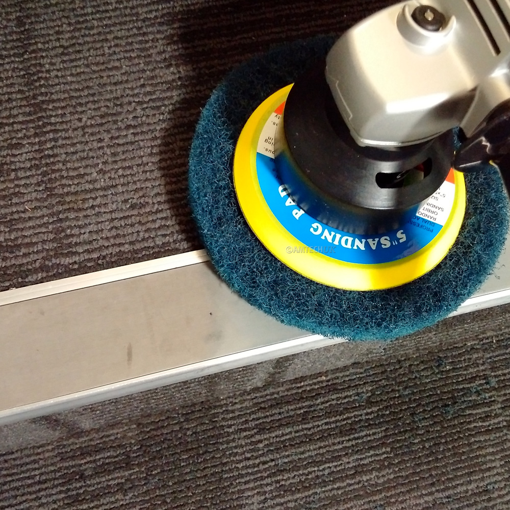 iVo Orbipro cleaning stair risers