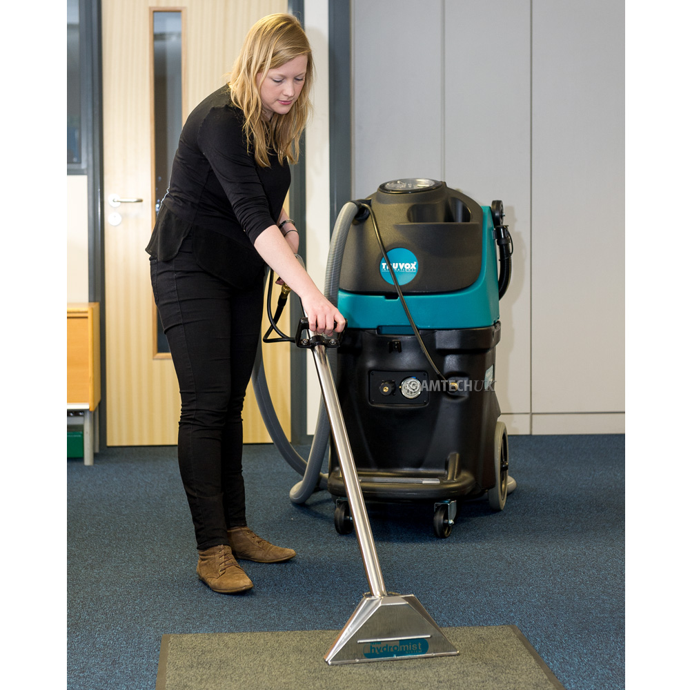 Using the hydromist 55 to clean commercial office carpets